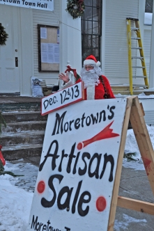 2009 Santa Outside - Moretown Town Hall