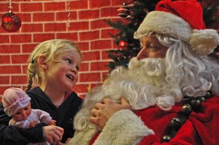 2009 Santa Gets the List - Moretown Town Hall